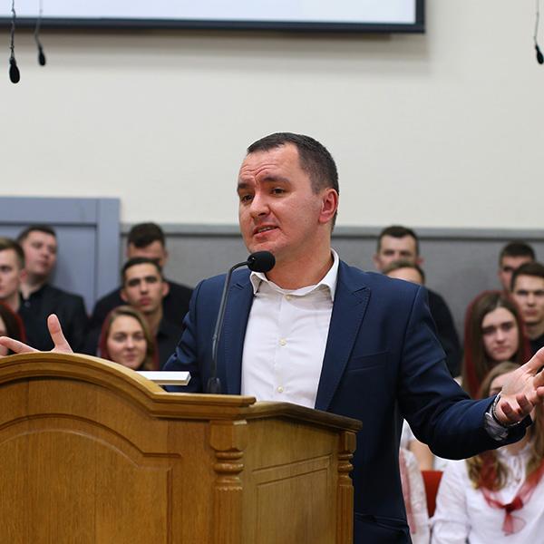 Юрій Кулакевич (пастор ц. Божий мир)