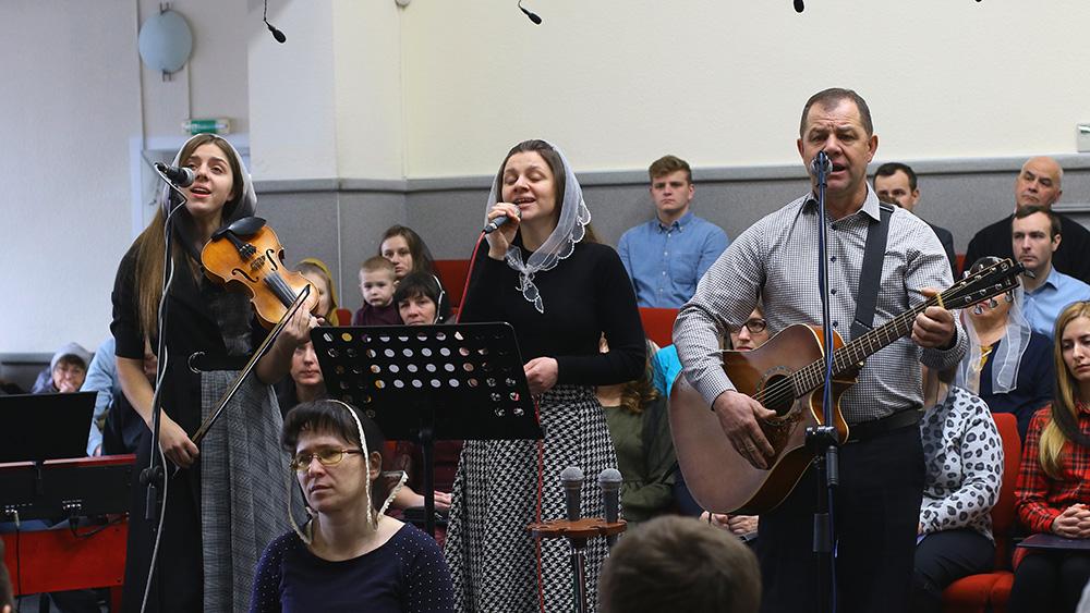 Петро, Анастасія та Олена