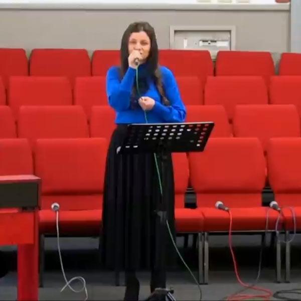 Анастасія Лаврент'єва