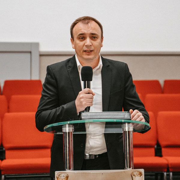 Олександр Йовжій