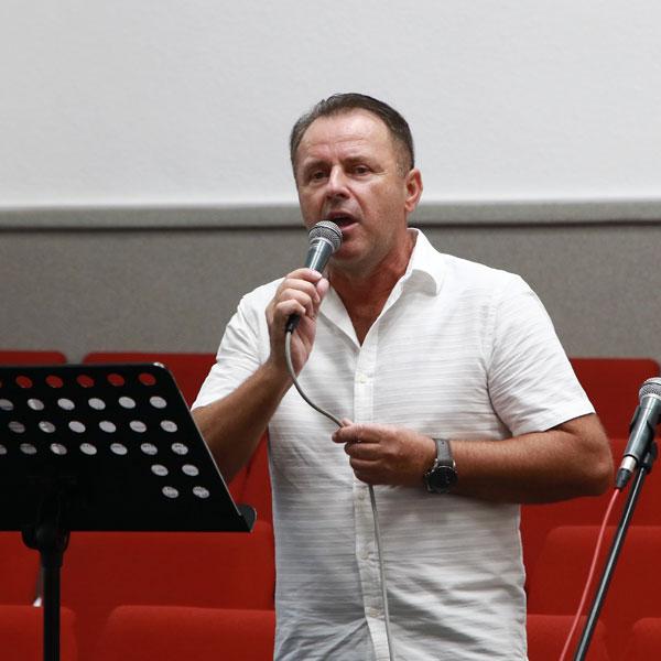 Михайло Озеруга