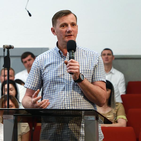 Олександр Максименко