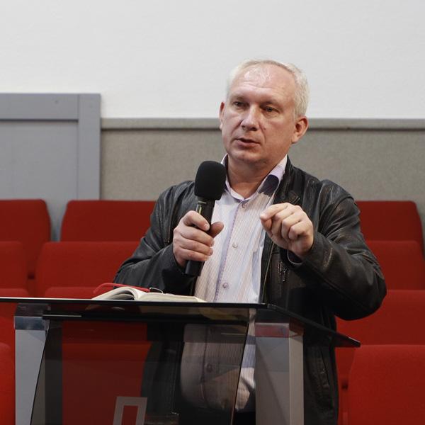 Олександр Жежеря